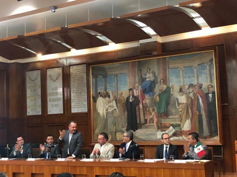 """Conferencia Magistral """"El Poder Legislativo como Contrapeso Institucional: La Supervisión Legis"""