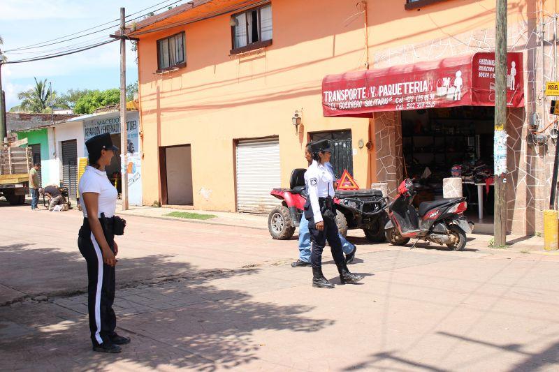 Policías de Tránsito en Luvianos