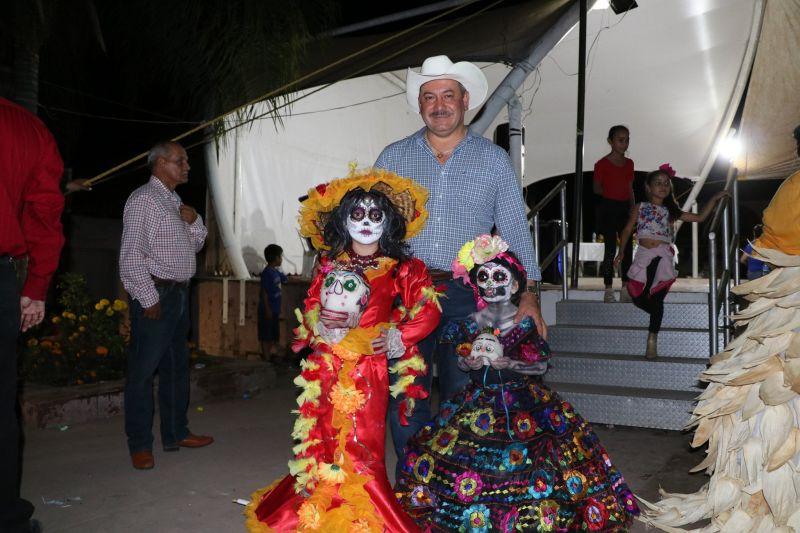 Tradiciones Mexicanas Día de Muerto en Luvianos