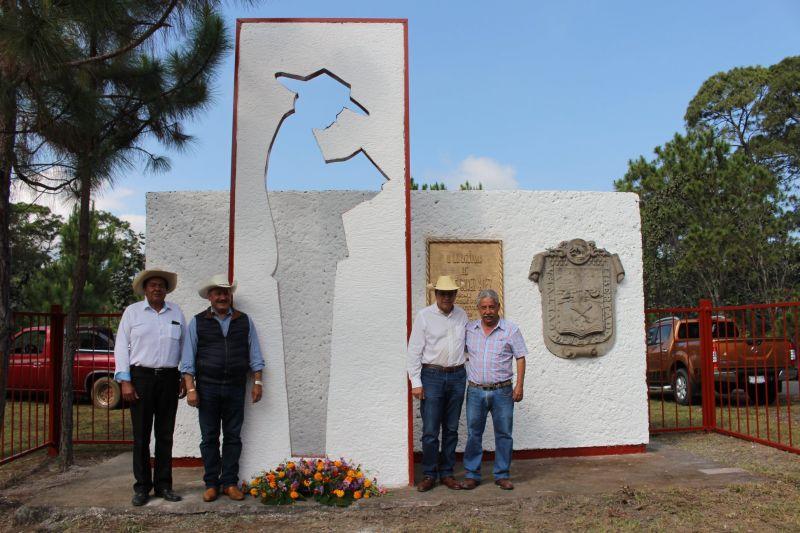 Conmemoración Luctuosa al Sr. Carlos Hernández Gómez