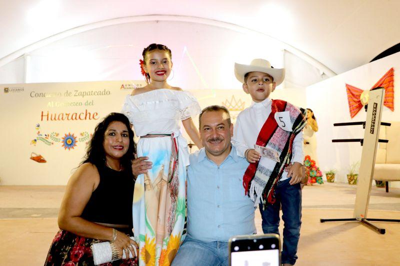 """Concurso de Zapateado """"Al Golpeteo del Huarache"""""""