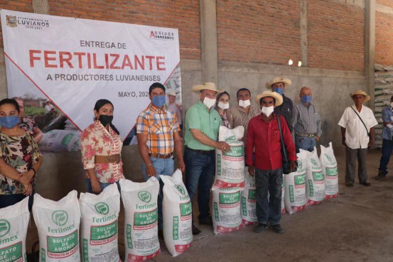 Entrega de Fertilizante a Campesinos Luvianenses 2020