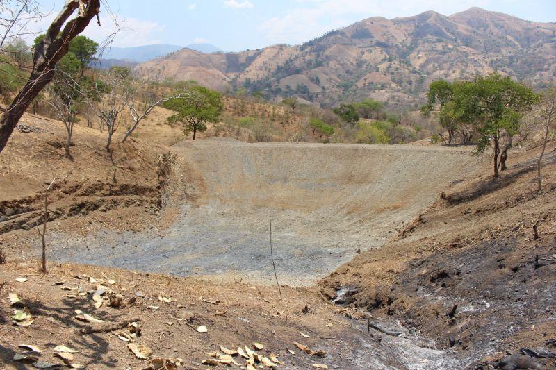 Construcción de Bordos En La Comunidad de Iglesia Vieja y Rincón De San Lucas