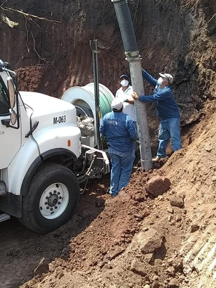 Desazolve del Drenaje Sanitario En Luvianos y Comunidades Aledañas y Cambio de Válvulas de Agua.
