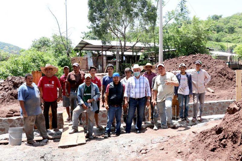 Inicio de Obra Comunitaria en la Comunidad de Palo Gordo