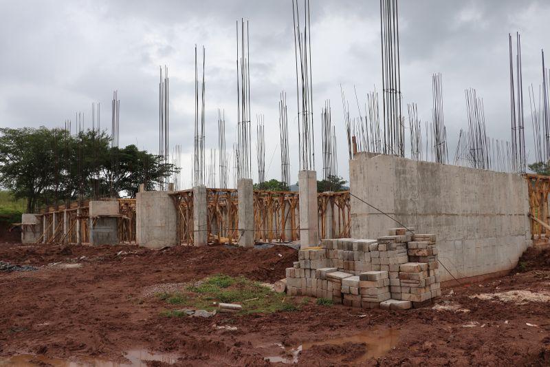 Avance de la Construcción de la UMB Luvianos