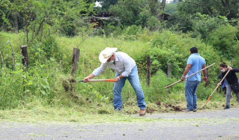 Jornada de Limpieza en la Comunidad de San Simón