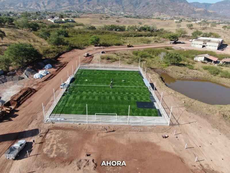 Avance de la Unidad Deportiva de la Secundaria Técnica No. 027 Emiliano Zapata