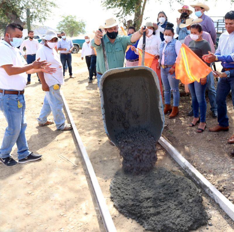 Avance de Obra: Pavimentación Con Concreto Hidráulico en Cuadrilla de Benítez